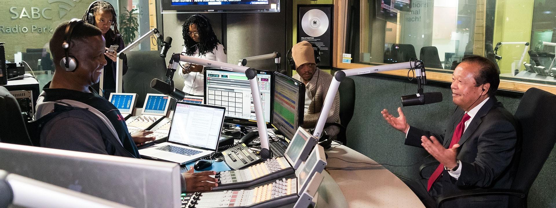 """""""Metro FM Live"""" Radio Interview (Video)"""